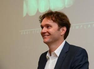 Dr. Thomas Hanser als Referent bei der DGOI-Studiengruppe Nürnberg Foto: Wegold